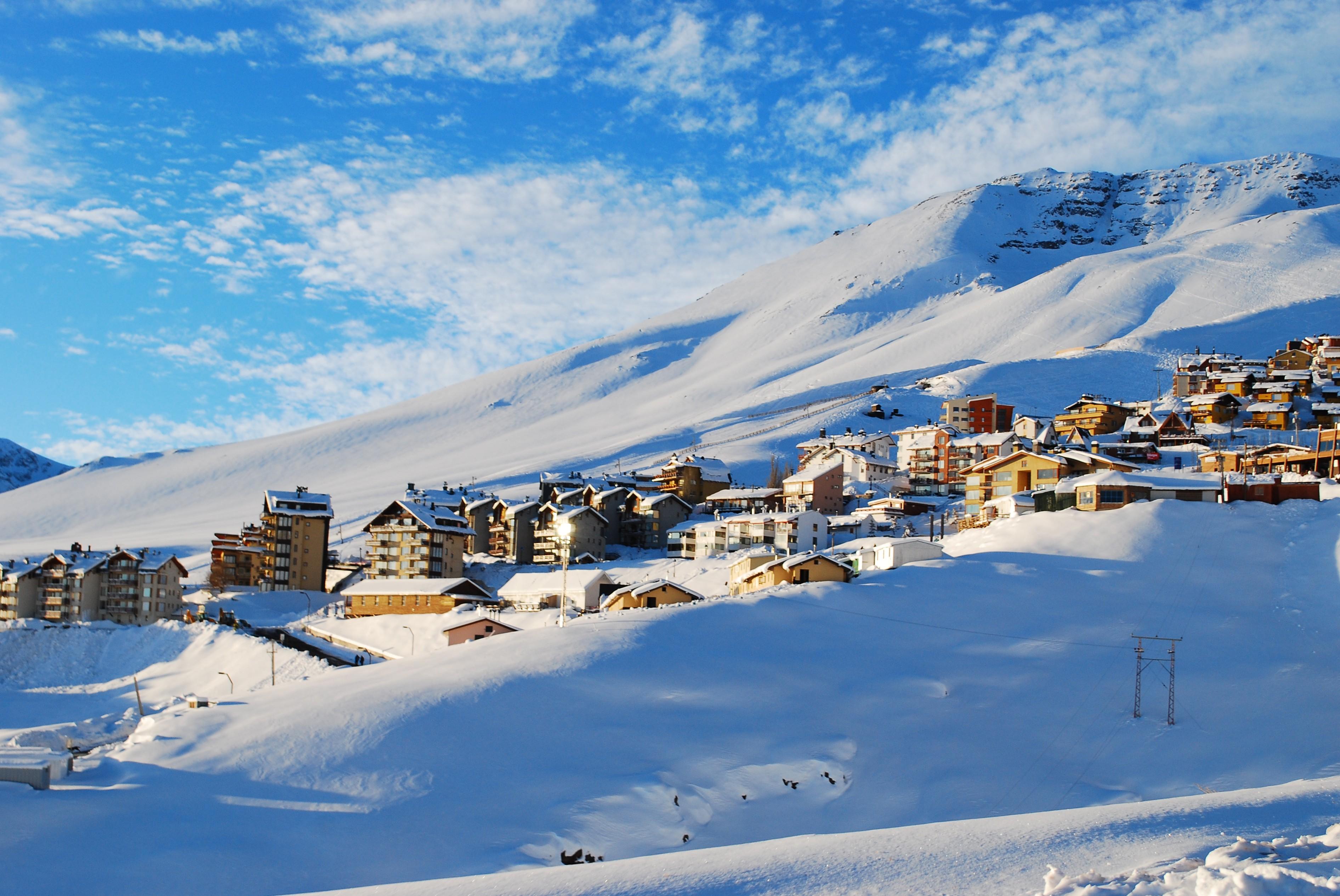 pueblo-nevado-la-parva